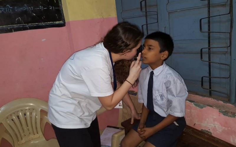 action humanitaire ico mumbai inde 2016