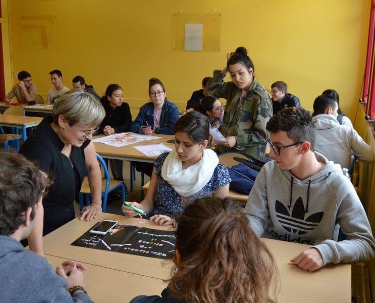 Concours d'affiches sur les préjugés. Projet pédagogique ICO