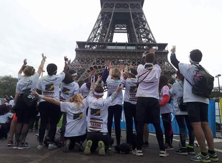 Des étudiants et des enseignants de l'ICO et participent à la Color Run 2017