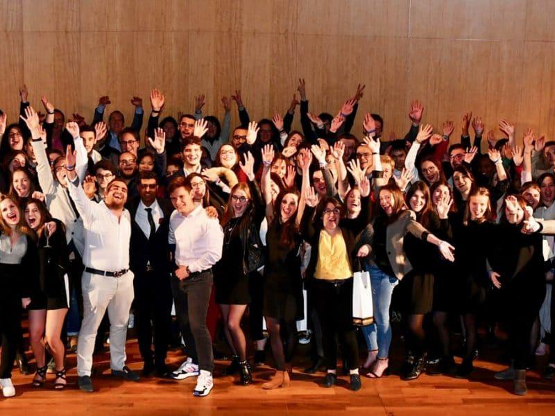 Les étudiants opticiens de l'ICO en visite chez Novacel